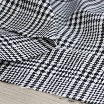 tessuto principe di galles bianco e nero per abbigliamento