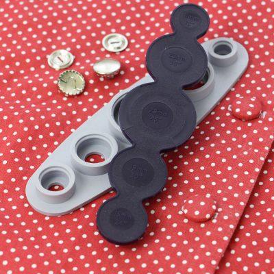 accessorio prym per ricoprire i bottoni di stoffa