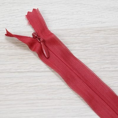 cerniera lampo invisibile rossa