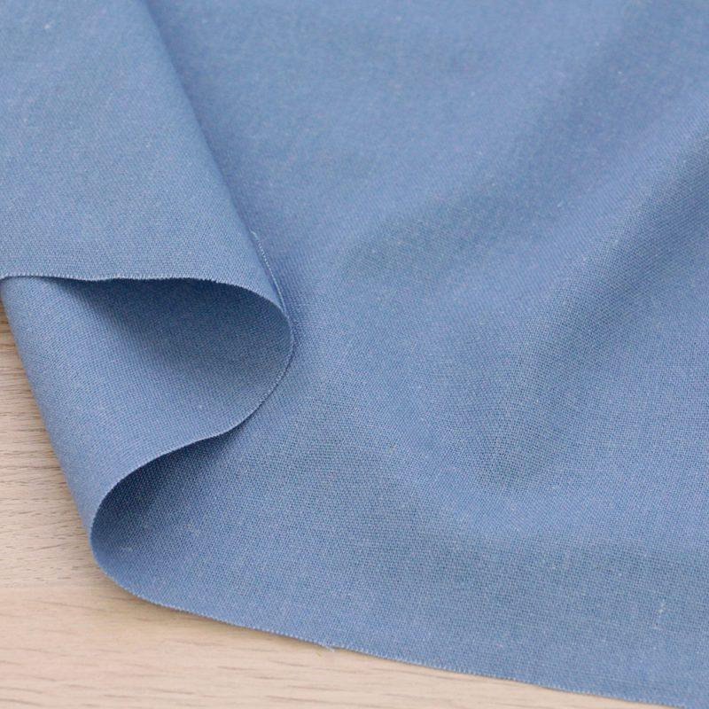 Tessuto misto lino azzurro