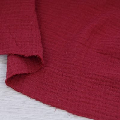 Tessuto mussola di cotone rosso vino