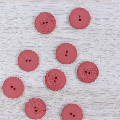 Bottone in canapa riciclata con fiori 23 mm Union Knopf by Prym - Rosso